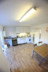 Thumbnail 4 bedroom shared accommodation to rent in Whitechapel, London