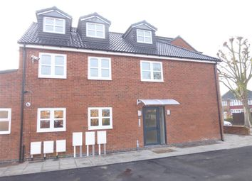 Thumbnail 2 bed flat to rent in Meadow Lane, Loughborough