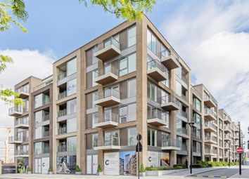 Thumbnail 2 bed flat to rent in Lockside House, Park Street, Chelsea Creek, London