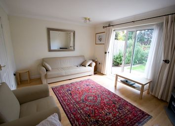 2 bed terraced house to rent in Snakes Lane East, Woodford Green IG8