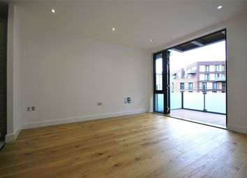 Thumbnail 1 bed flat to rent in Lee Street, London