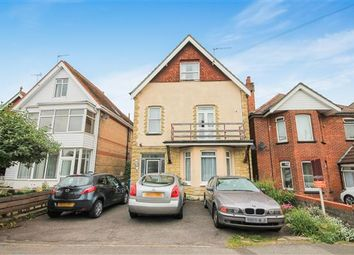 Thumbnail Room to rent in Alexandra Road, Lower Parkstone, Poole
