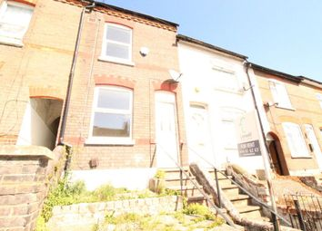 2 bed property to rent in Milton Road, Luton LU1