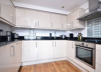 Thumbnail 1 bed flat to rent in Vallance Road, Whitechapel