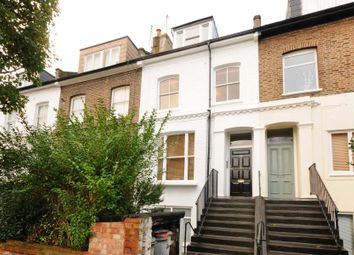 2 bed flat for sale in Bassein Park Road, London W12