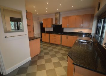 6 bed property to rent in Bedford Road, London E18