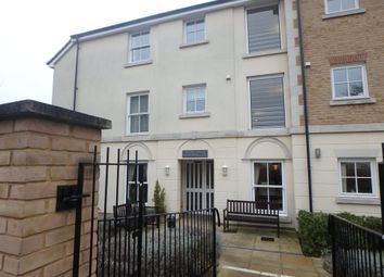 Thumbnail 1 bed flat for sale in Glen View, Gravesend