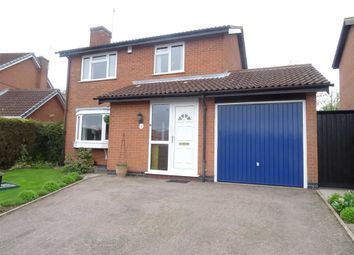 Thumbnail 3 bed detached house for sale in Lovetts Close, Hinckley