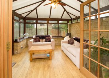 Thumbnail 6 bed detached house for sale in Sherbourne Road, Witney
