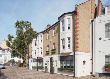 Pont Street Mews, Belgravia, London SW1X