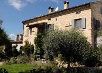 Thumbnail Country house for sale in Belmonte, Belmonte Piceno, Fermo, Marche, Italy