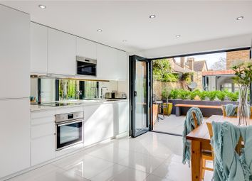 Thumbnail 2 bedroom terraced house to rent in Kew Foot Road, Richmond