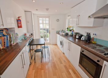 Thumbnail 4 bed flat to rent in Kings Grove, Peckham, London