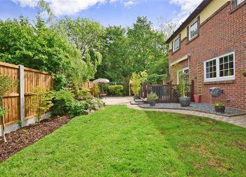 Thumbnail 4 bed detached house for sale in Ilmington Drive, Basildon, Essex