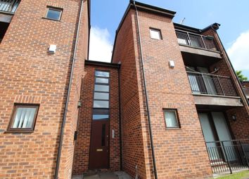 Thumbnail 2 bedroom flat to rent in Deerbourne Close, Woolton, Liverpool