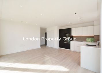 Thumbnail Flat to rent in Woodberry Grove, London