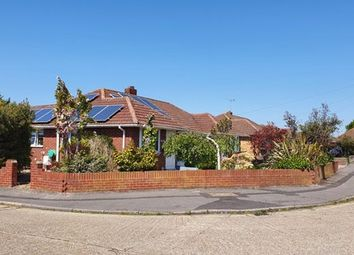 Robins Close, Stubbington, Fareham PO14. 3 bed semi-detached bungalow