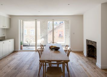 Thumbnail 2 bed flat for sale in Sprowston Mews, London