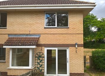 Thumbnail 3 bed maisonette to rent in Blagdon Road, Reading