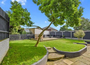 2 bed maisonette for sale in Thakeham Close, London SE26