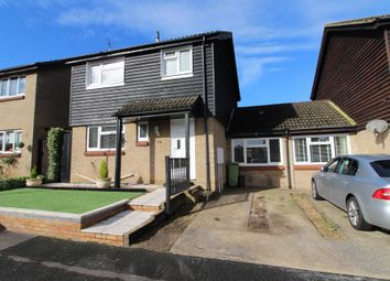 Greenwich Gardens, Newport Pagnell, Buckinghamshire MK16. 3 bed link-detached house for sale