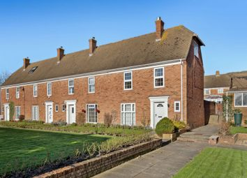 4 bed town house for sale in Gainsborough Close, Folkestone CT19