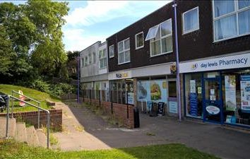 Thumbnail Retail premises to let in 5, Parkstone Parade, Hastings