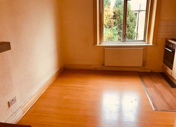 Thumbnail Studio to rent in Brecknock Road, Tufnell Park