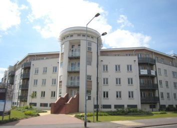 Thumbnail 1 bedroom flat to rent in Kingsquarter, Maidenhead