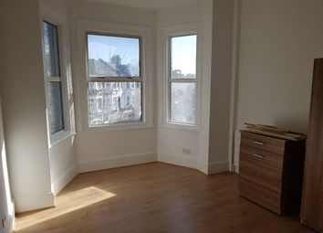 Thumbnail Room to rent in Westbury Avenue, London