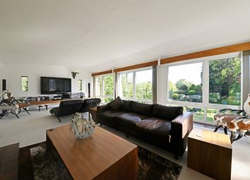 Thumbnail 6 bed detached house for sale in Walnut Grove, Enfield