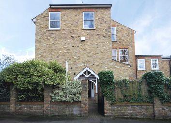 Thumbnail 1 bed flat to rent in Glamorgan Road, Hampton Wick, Kingston Upon Thames