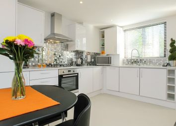 Thumbnail 2 bed flat to rent in 178 Salisbury Court, Upper Richmond Road, London
