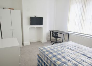 Thumbnail 3 bed flat to rent in Derby Road, City Centre, Nottingham