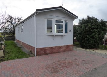 Thumbnail 2 bedroom mobile/park home for sale in Tollerton Park, Tollerton Lane, Tollerton, Nottinghamshire