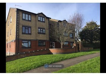 Thumbnail 1 bed flat to rent in Beaulieu Drive, Yeovil