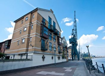 Thumbnail 2 bedroom flat to rent in Beaufort House, London