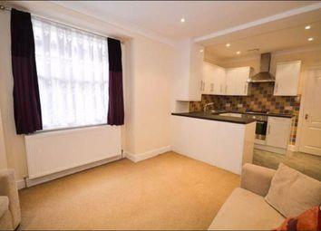 2 bed flat for sale in East Barnet Road, New Barnet, Hertfordshire EN4