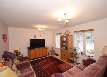 2 bed flat to rent in Kings Road, Haslemere GU27