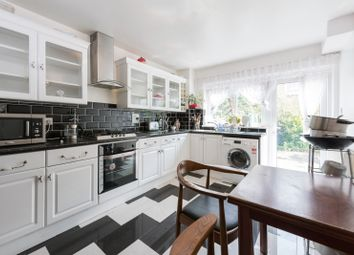 Thumbnail 4 bed flat to rent in Rochelle Close, London