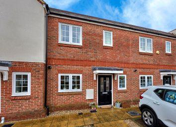 Mortimer Crescent, Kings Park, St. Albans, Hertfordshire AL3. 2 bed terraced house for sale