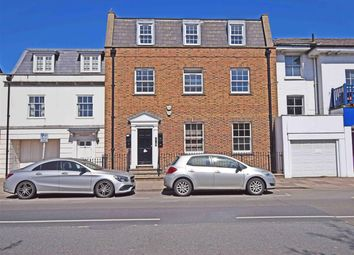 Hampton Court Road, East Molesey KT8, london property