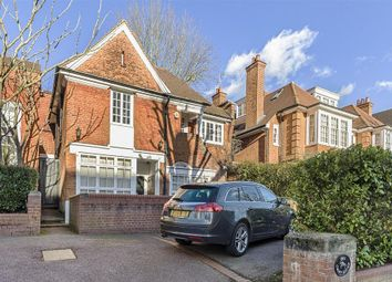 Thumbnail 5 bed property to rent in Ferncroft Avenue, London