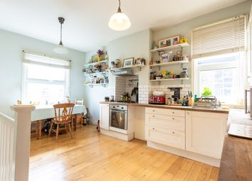 Thumbnail 2 bed flat for sale in Temple Road, Ealing