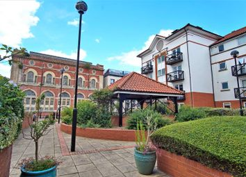 Thumbnail 2 bed flat to rent in Queen Street, City Centre, Bristol