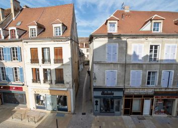Thumbnail 5 bed apartment for sale in 89200 Avallon, France