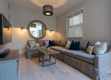 Thumbnail 6 bed terraced house to rent in 27 Julian Avenue, London