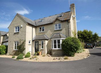 Thumbnail 6 bed detached house for sale in Coleshill Drive, Faringdon, Oxfordshire