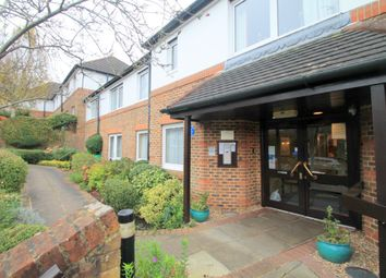 Thumbnail 1 bed flat to rent in Beechwood Gardens, Caterham