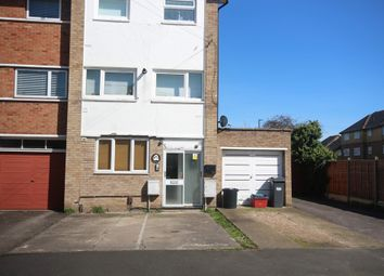 Thumbnail 1 bed flat to rent in Clive Road, Feltham